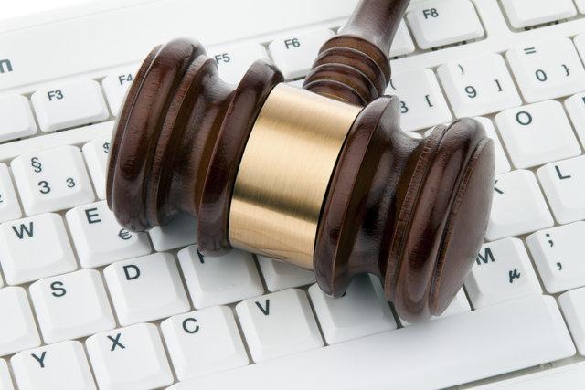 Telecom operators call for the regulation of social media services