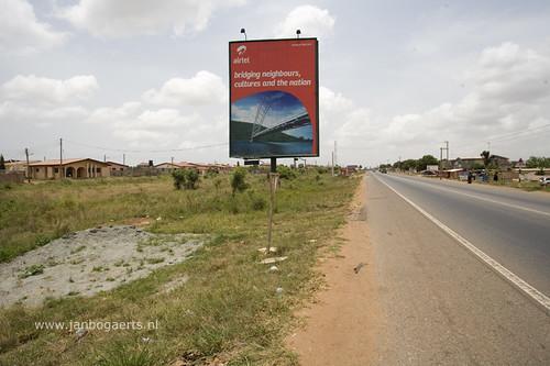 Chaka secures trading licence, Facebook's eCommerce revolution, Uganda's Airtel Money split