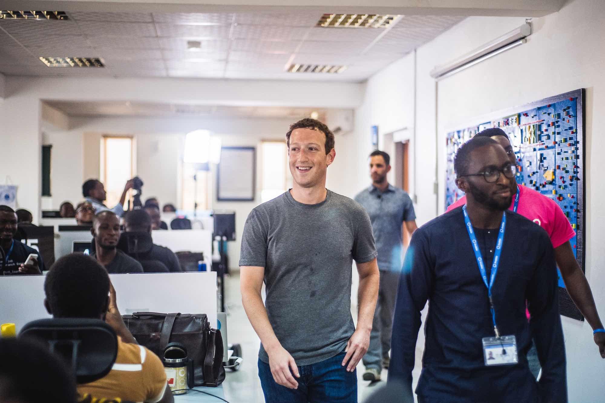 Zuckerberg walking with Seni and Nad