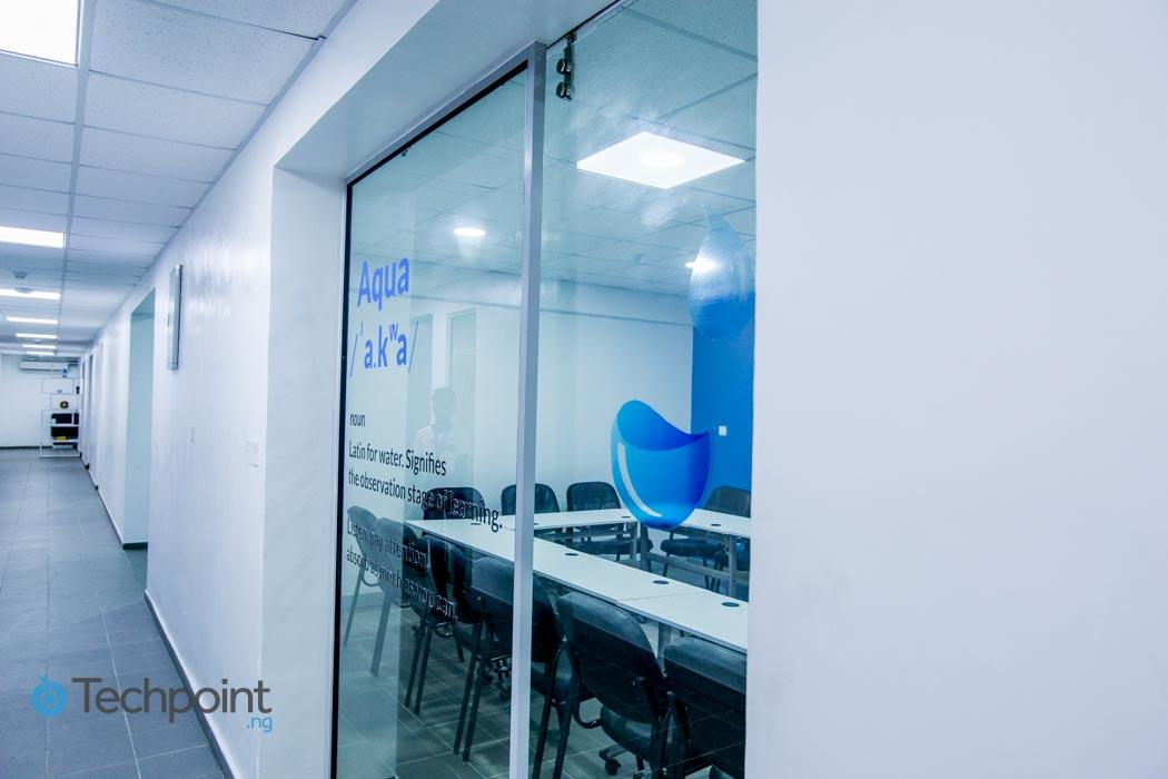iLx-Center-Aqua-Room-01
