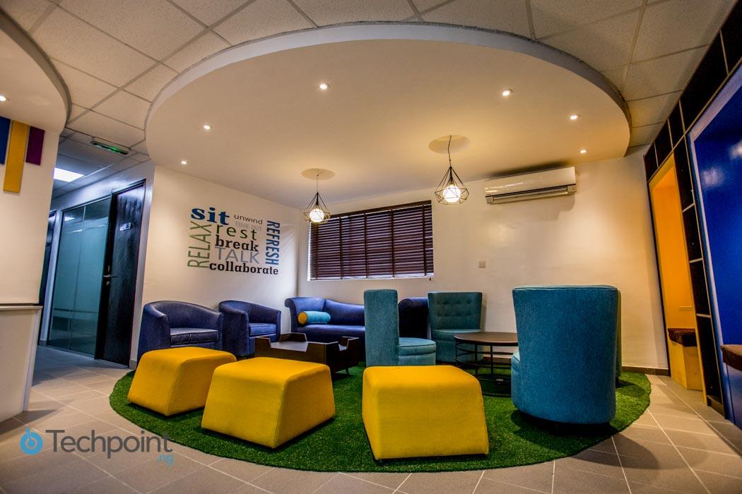 iLx-Center-Lounge-Area-01