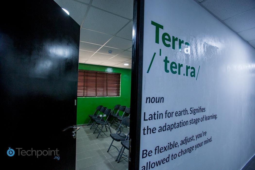 iLx Center Terra Room 01