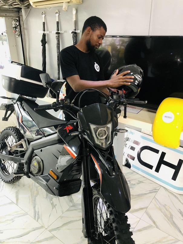 Sporty looking electric bike