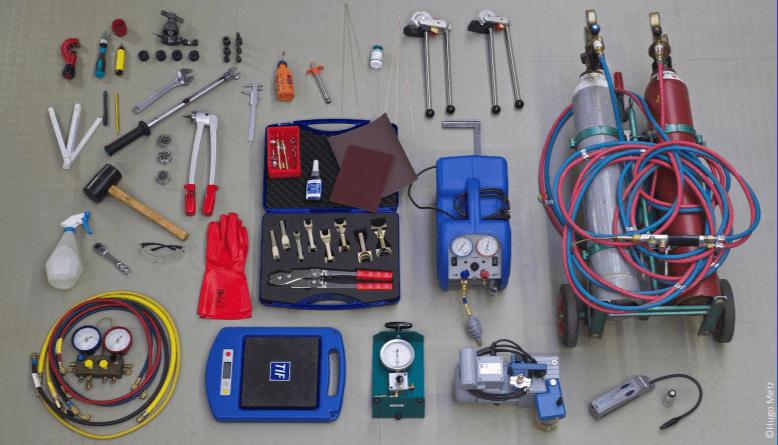 Un docs Ac technician tools